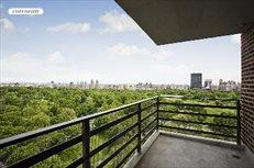 400 Central Park West, Apt. 20R, Upper West Side