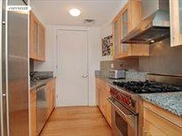 101 Warren Street, Apt. A-3D, Cobble Hill