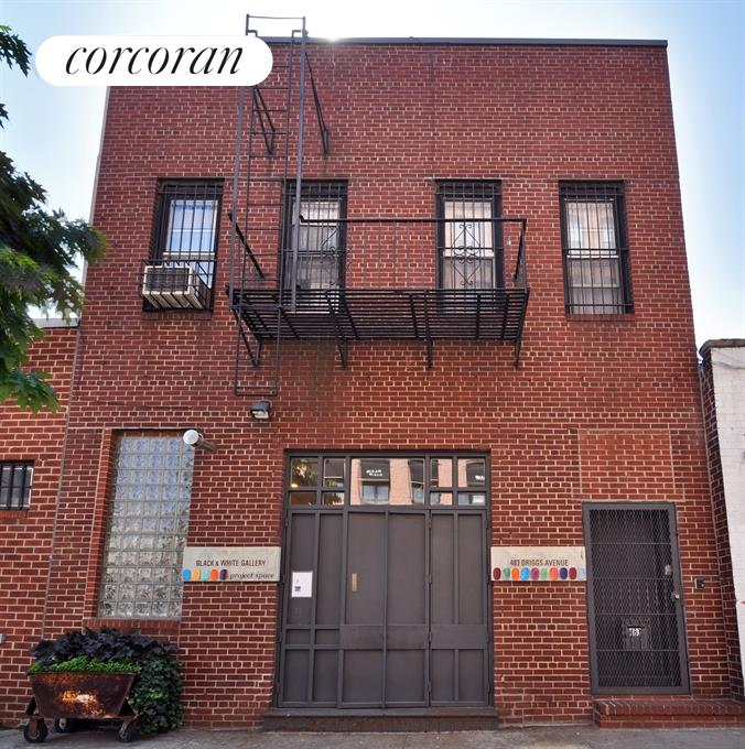 Beautiful 1920's Brick Facade