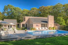 12 Eastwood Court, Amagansett