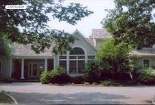 2 Cedar Trail, East Hampton