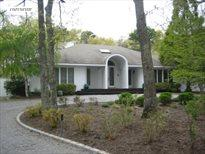 38 Foxhollow Drive, East Quogue