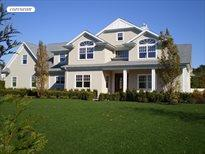 203 Parrish Pond Court West, Southampton
