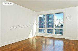 350 West 42nd Street, Apt. 6E, Clinton