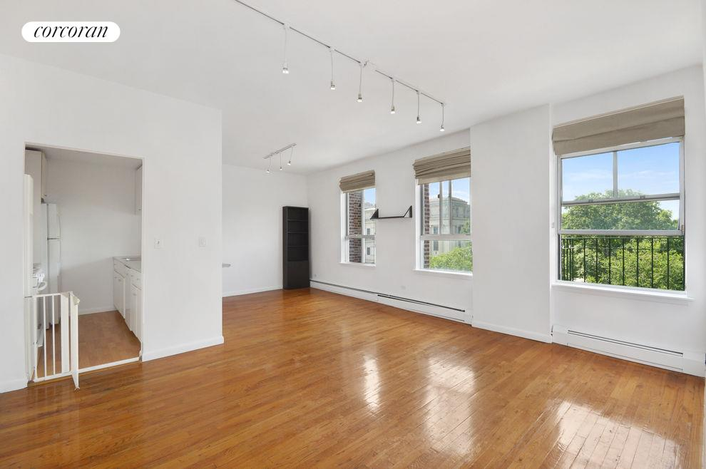 115 Eastern Pkwy, APT 5E Photo 0 - CORCORAN-2675392