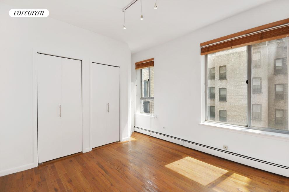 115 Eastern Pkwy, APT 5E Photo 3 - CORCORAN-2675392