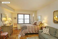 220 East 57th Street, Apt. 16D, Midtown East