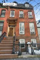 513 Vanderbilt Avenue, Clinton Hill