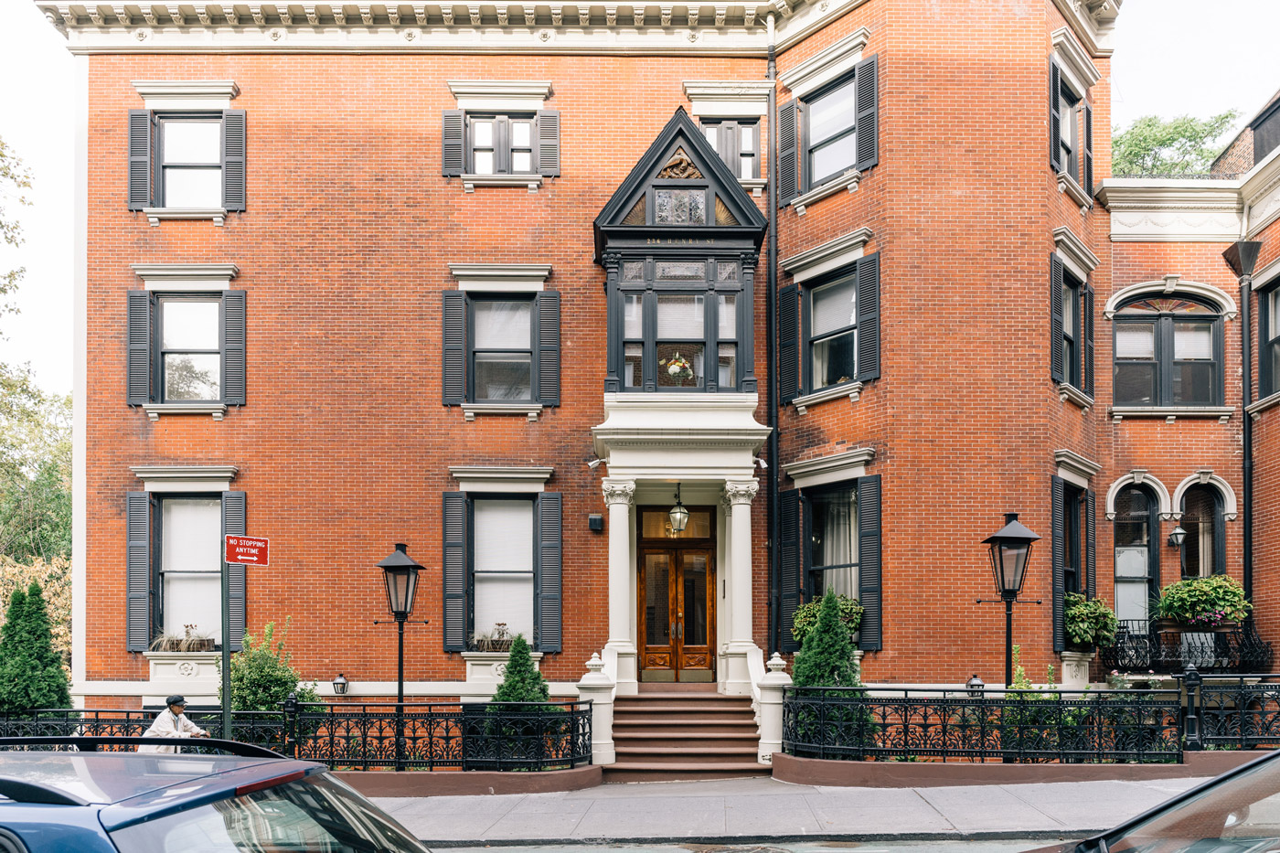Traditional brownstone in brooklyn heights with contemporary - Brooklyn Heights Real Estate
