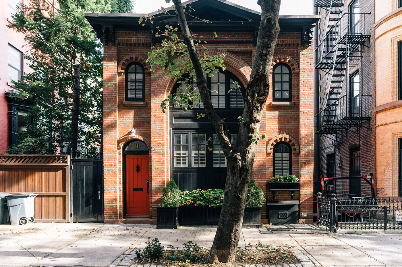 Traditional brownstone in brooklyn heights with contemporary - Brooklyn Heights Attractions