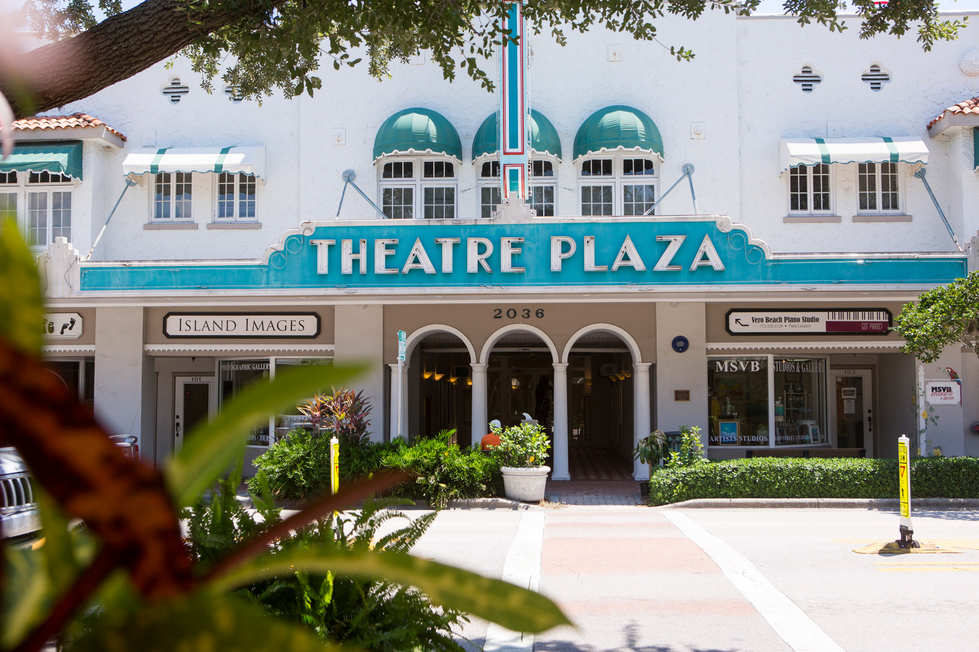 The Theatre Plaza On 14th Ave In Vero Beach Style