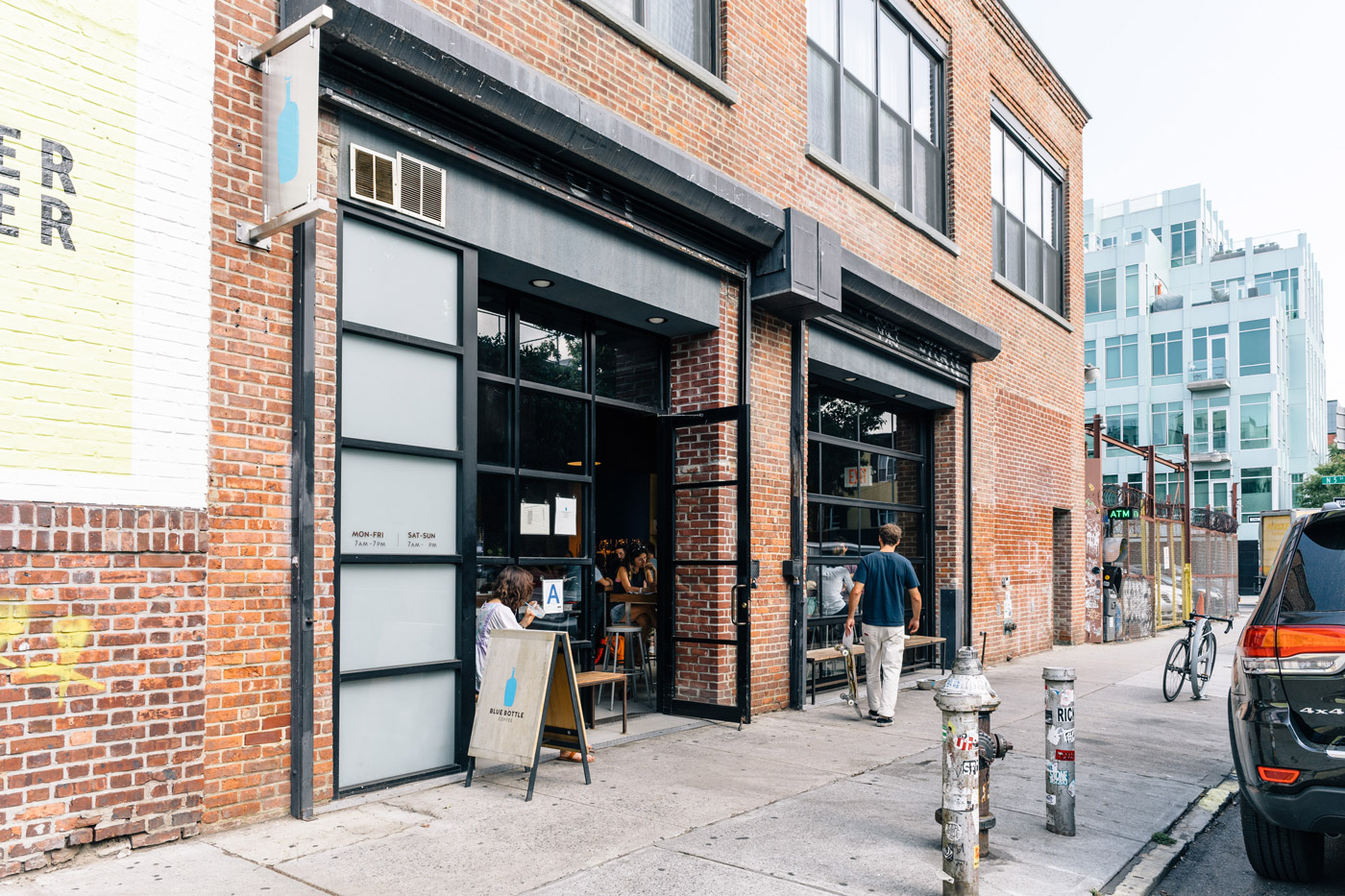 Blue Bottle Coffee in Williamsburg, Brooklyn